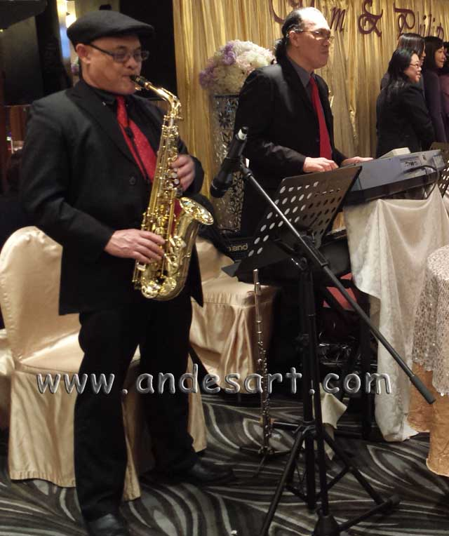 Duo keyboard sax